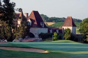 In Francia si gioca a Golf tra vigneti e castelli