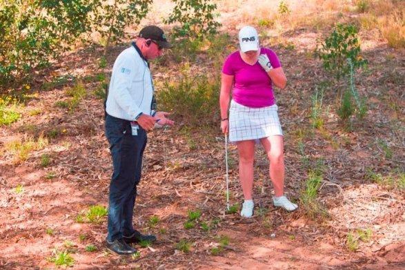 Palla infossata, cosa fare in base alle regole del golf