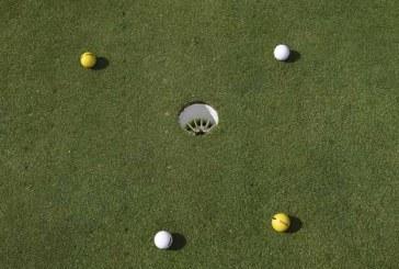 Regola 22 – Palla che aiuta o interferisce con il gioco