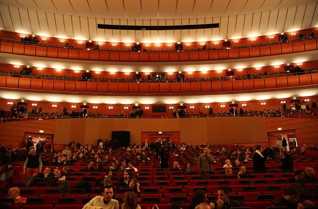 Teatri Milano – Fuori dal green per programmazione e sconti vantaggiosi